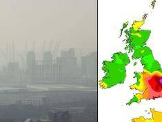 LONDON, ENGLAND - APRIL 02:  A general view of the 02 Arena through smog on April 2, 2014 in London, England. Dust from the Sahara combined with pollution from mainland Europe has contributed to one of the worst smogs of the year this week with record levels being recorded in parts of England on Tuesday. The BBC weather centre predicts a potential 8 or 9 out of 10 level of air pollution likely to be found in East Anglia and the East Midlands later today. (Photo by Dan Kitwood/Getty Images)