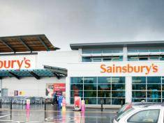 "Sieć Sainsbury's wdraża usługę ""click and collect"""