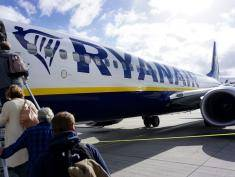 Ryanair rezygnuje z części połączeń lotniczych między Belfastem i Polską