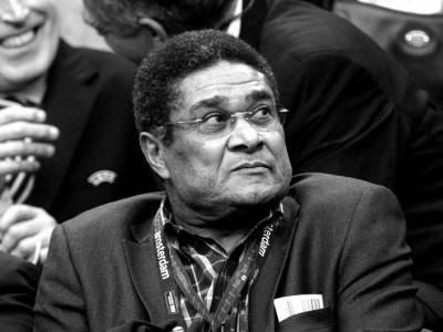 AMSTERDAM, NETHERLANDS - MAY 15:  Ex-Benfica footballer Eusebio looks on during the UEFA Europa League Final between SL Benfica and Chelsea FC at Amsterdam Arena on May 15, 2013 in Amsterdam, Netherlands.  (Photo by Michael Regan/Getty Images)