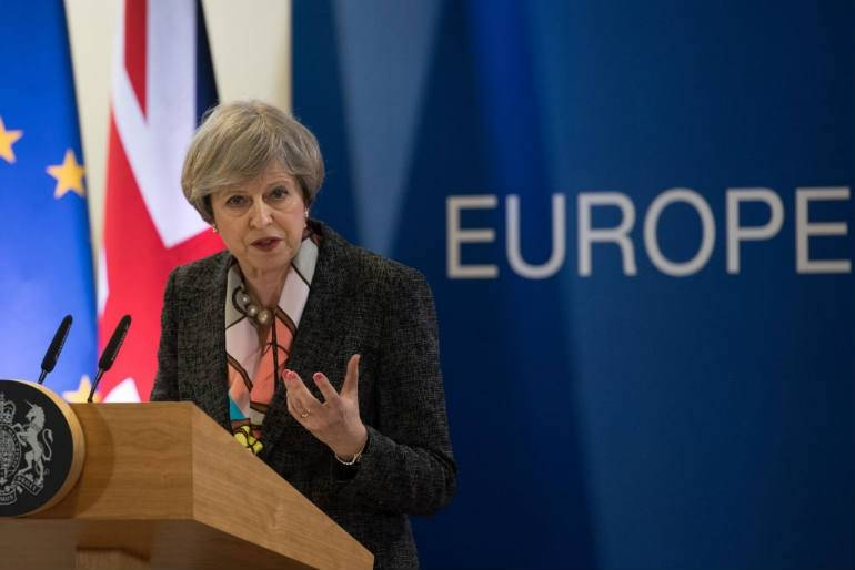 Theresa May napisała list do imigrantów z UE!