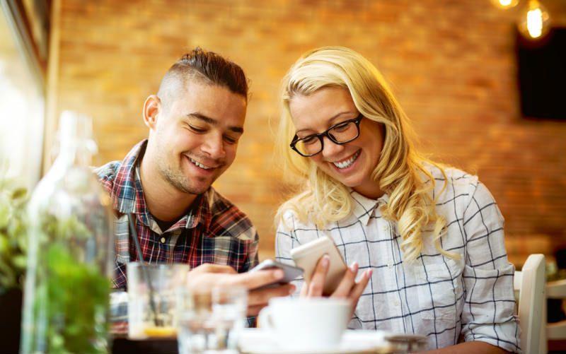 Jak zdobyć faceta przez randki online